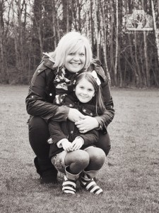 008-2015-03-15-Mei-Photography-Laird-Outdoor-Family-Session B&W WR